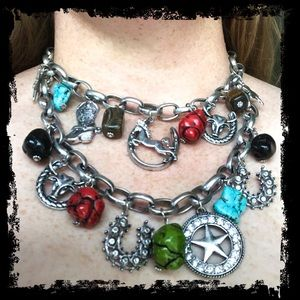 Jewelry - NWOT Silver Tone Chunky Western Charm Necklace